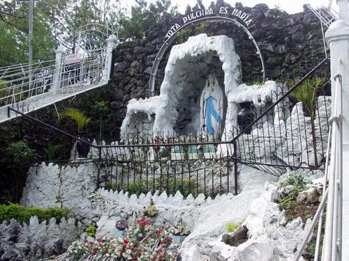Lourdes6